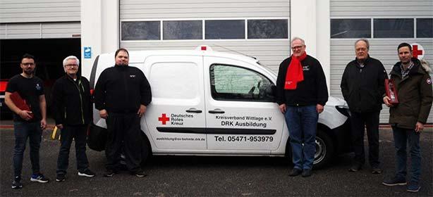 Autohaus Weitkamp liefert Fahrzeug für Wittlager Erste-Hilfe-Ausbilder.